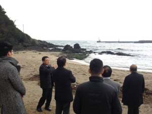 日本海の拉致現場を調査