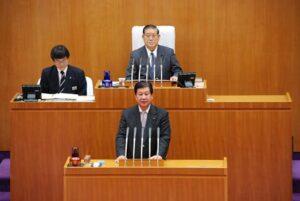 12月本会議にて期末手当の変更を議論