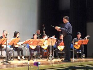 青垣町ボランティア祭りでのマンドリン演奏