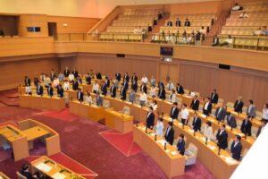 兵庫県内4議会にて時期議員任期短縮議案を可決